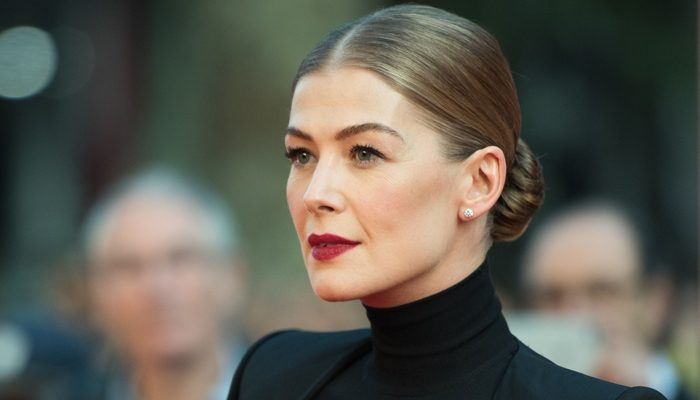 """We need voices"" Rosamund Pike talks about Marie Colvin and journalist Jamal Khashoggi."